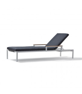 Zahre Pool Lounger | Sun and Pool Loungers | Loungers | Outdoor | Patio | Cielo -